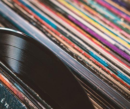 Płyta gramofonowa, klasyka odtwarzania dźwięku.